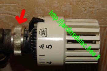 radiateur eau chaude ne chauffe plus
